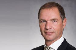 Postank FB holt DVAG-Vertriebler in den Vorstand