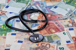 Gesundheitsausgaben pro Tag knacken die Milliarde