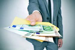 Provisionsabgabeverbot: moneymeets darf Provisionen weitergeben