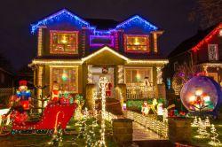 Wenn der Weihnachtsmann an der Hausfassade…