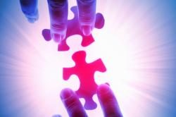 BCA und Blau direkt kooperieren im Kfz-Geschäft