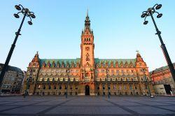 Hamburg will gesetzliche Krankenversicherung für Beamte öffnen