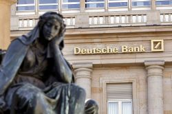 Deutsche Bank erwägt Streichung von bis zu 300 Standorten