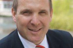 Axa befördert Vertriebsleiter zum Vorstand