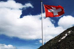 Schweiz berechnet Kosten des Franken-Tsunami