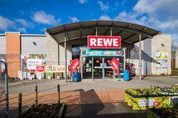Patrizia verkauft 68 Supermärkte an neu aufgelegten Spezialfonds