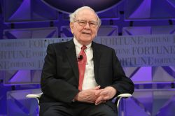 Warren Buffett: 12 Milliarden Dollar mit der richtigen Strategie