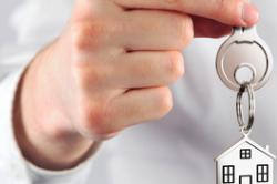 Mieter privater Wohnungsunternehmen weniger zufrieden