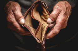 Armutszeugnis: Immer mehr Senioren zahlungsunfähig