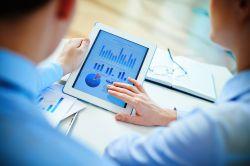 DIN-Standard für Finanzanalyse erfolgreich gestartet