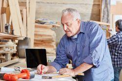 Rente: Immer mehr Arbeitnehmer über 60