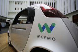 Kalifornien lässt selbstfahrende Autos ohne Lenkrad zu