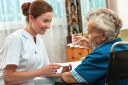 IVFP: Zwei Drittel der Deutschen fürchten, im Alter zum Pflegefall zu werden