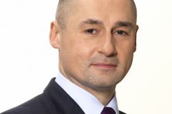 Allianz GI baut Anleiheteam aus
