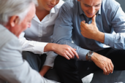 Finanzberater: Beratungsgespräch ist unersetzlich