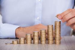 Liquidität kostet – warum Sparer und Anleger jetzt handeln sollten