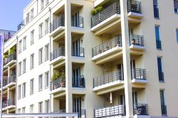 Baugenehmigungen für Mehrfamilienhäuser legen zu