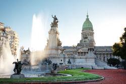 Argentinien stemmt sich gegen Abwärtsspirale der Wirtschaft