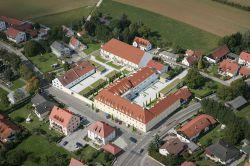 SGI ermöglicht Wohnen im Schlosscarrée Hepberg