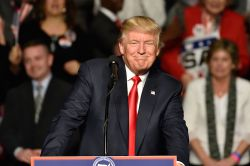 Trump-Rally trotzt Trump
