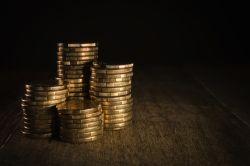 Bar-Beitragsrückerstattung: uniVersa zahlt bis zu vier Monatsbeiträge zurück