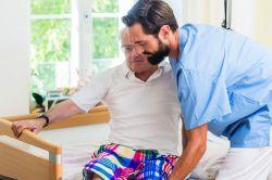 Jeder zehnte Pflegebedürftige mit 24-Stunden-Hilfe