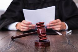 Wölbern-Prozess: Keine Aussetzung des Verfahrens
