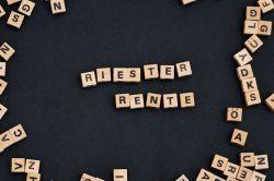Riester-Rente: Verbraucherschützer für Verbot von Mehrfachkosten