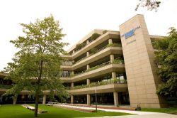 Versicherungskammer ordnet Maklergeschäft im Bereich Kranken neu