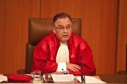 Top-Juristen gegen Provisionsdeckel