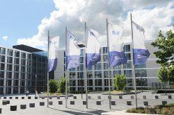 R+V steigert Beiträge im 1. Halbjahr 2019 auf rund acht Milliarden Euro