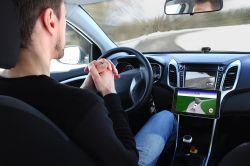 Autonomes Fahren: Deutsche wollen das Steuer (noch) nicht aus der Hand geben