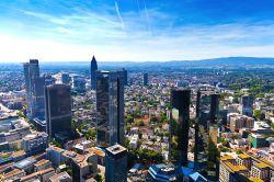 Büroimmobilien: Hohe Nachfrage, sinkende Spitzenrenditen