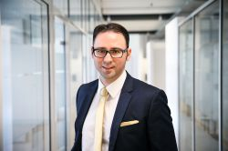 Honorarberatung: Honorarfinanz AG erhält KWG-Zulassung