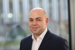 Doppelspitze bei Finanzchef24: Tobias Wenhart verstärkt Geschäftsführung