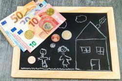 Richtig sparen für die Zukunft der Kinder