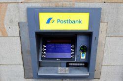 Postbank schließt bis Ende 2018 mehr als 100 Filialen