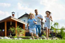 Immobilienkauf: Was neben dem Baukindergeld noch wichtig ist