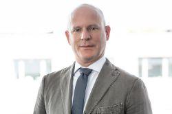 Ex-HCI-Vorstand wird neuer Schifffahrts-Chef bei Dr. Peters