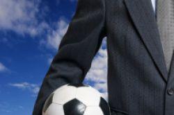 Bundesligastart: Versicherer fiebern mit