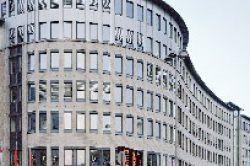 FHH bietet Beteiligung an Kölner Bezirksrathaus und kündigt Neues für 2010 an