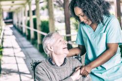 Pflege: Eigenanteil wird immer größer