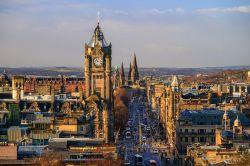 Standard Life treibt Aberdeen-Kauf voran