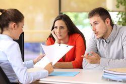 Scheidung und Hausverkauf: Finanzielle Verluste vermeiden