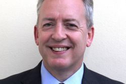 Schroders engagiert UBS-Rentenexperten