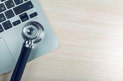 GKV plädiert für mehr Online-Behandlungen