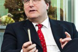 AMA hält 49,9 Prozent an Lloyd Fonds