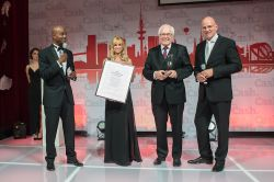 And the winner is… – Financial Advisors Awards 2014 verliehen