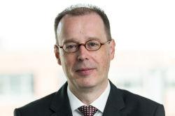 Zinsbaustein holt Geschäftsführer von Dr. Peters ins Investment-Komitee