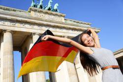 KPMG: Auslandsinvestoren werden 2016 zunehmend in Deutschland aktiv